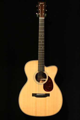 Collings OM2H Cutaway (used)