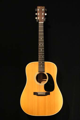 used martin d 28 dreadnought acoustic guitar charley s guitar shop new used and vintage. Black Bedroom Furniture Sets. Home Design Ideas