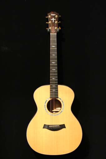used taylor gaws acoustic guitar 1995 charley s guitar shop new used and vintage guitars. Black Bedroom Furniture Sets. Home Design Ideas